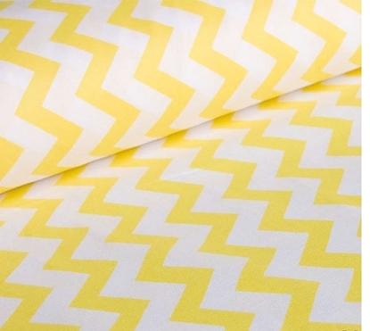 картинка ткани из хлопка для рукоделия на отрез, размер: 50 х 50см, принт зиг-заг желтый