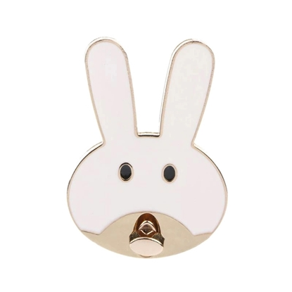 картинка замок  металл , кролик, заяц для сумочки  из трикотажной пряжи и полиэфирного шнура