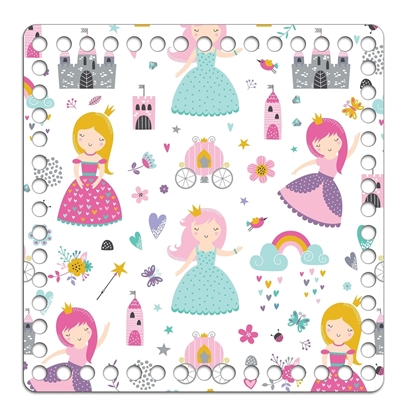 """Картинка дно- крышка с принтом """" принцессы"""" для вязаной детской корзинки  из  трикотажной пряжи, основа из дерева  квадратная"""